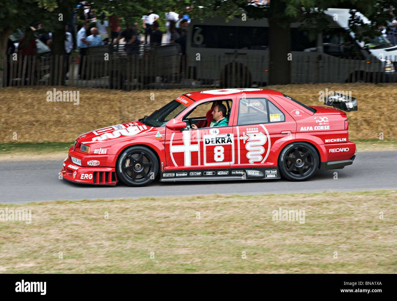 alfa romeo 155 v6 ti dtm touring race car at goodwood festival of stock photo 30339186 alamy. Black Bedroom Furniture Sets. Home Design Ideas