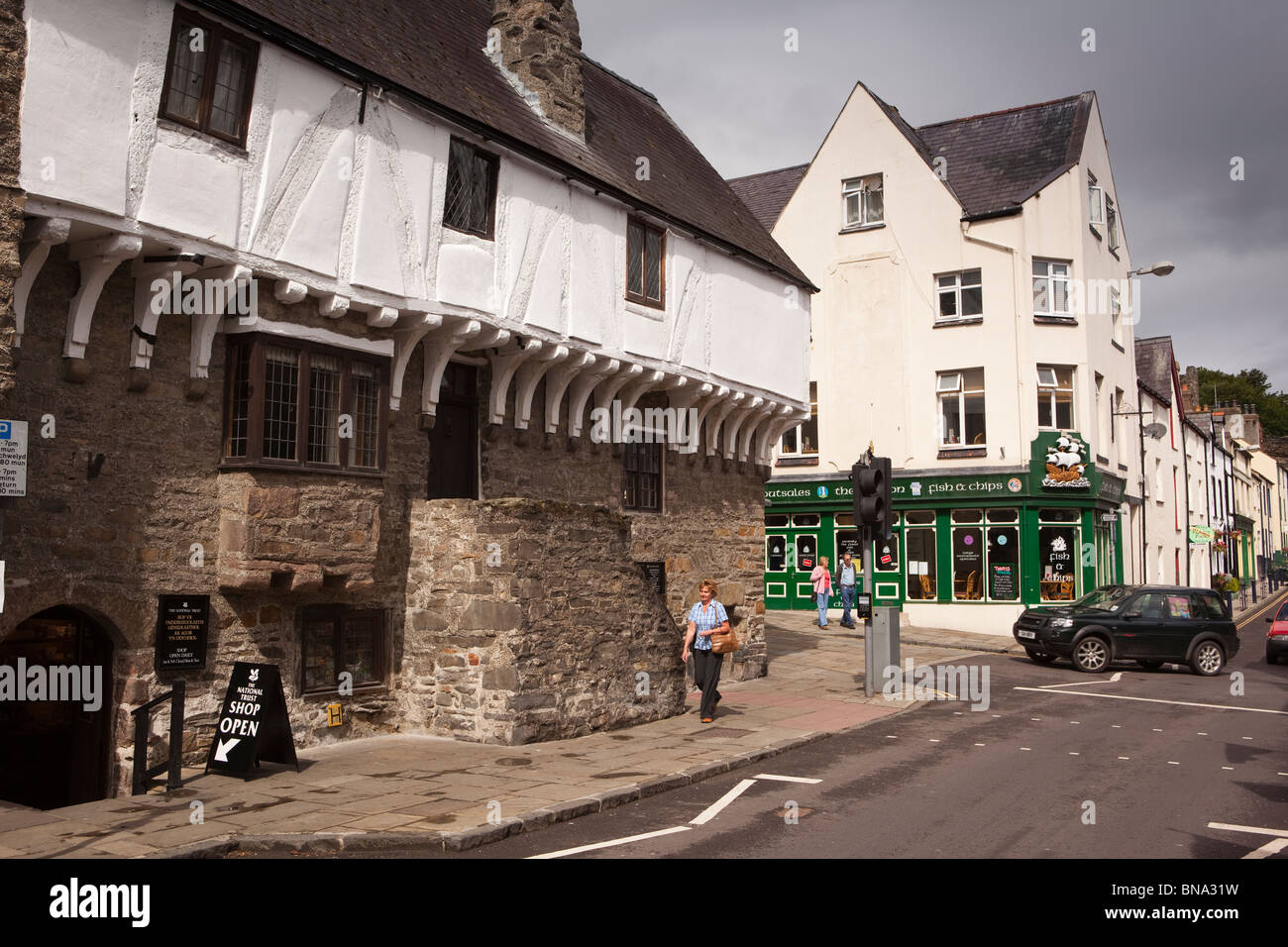 Wales, Gwynedd, Conway, Castle Street, Aberconwy House,14th Century merchant's house (NT) - Stock Image
