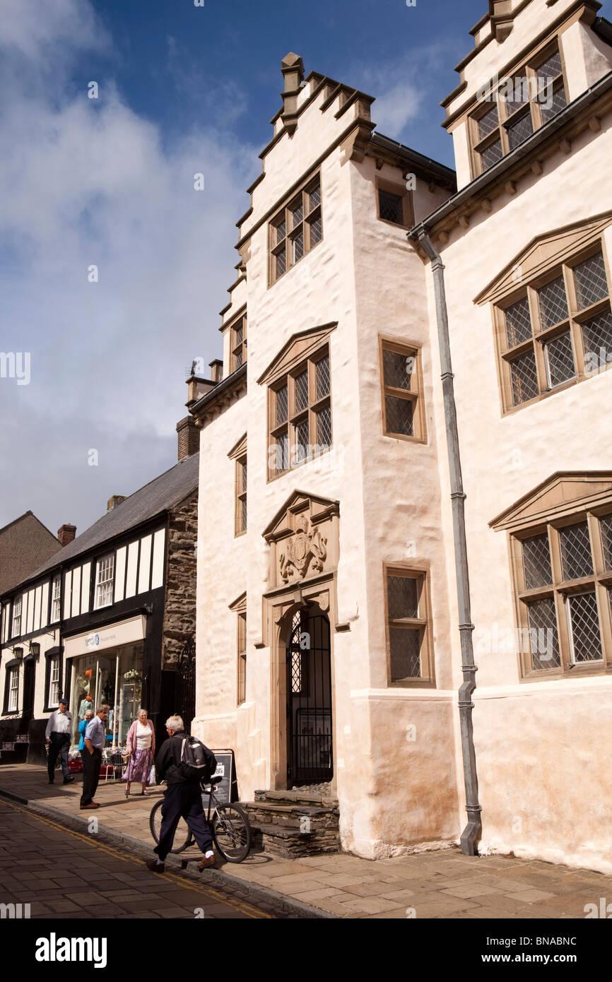 UK, Wales, Gwynedd, Conway, High Street, Plas Mawr - Stock Image