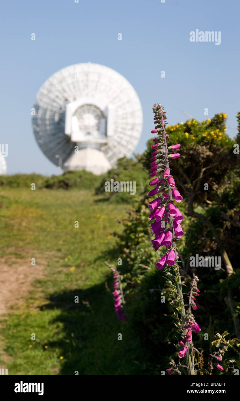 South west coast path passing close to the government's GCHQ radio tracking station near Morwenstow  on the - Stock Image