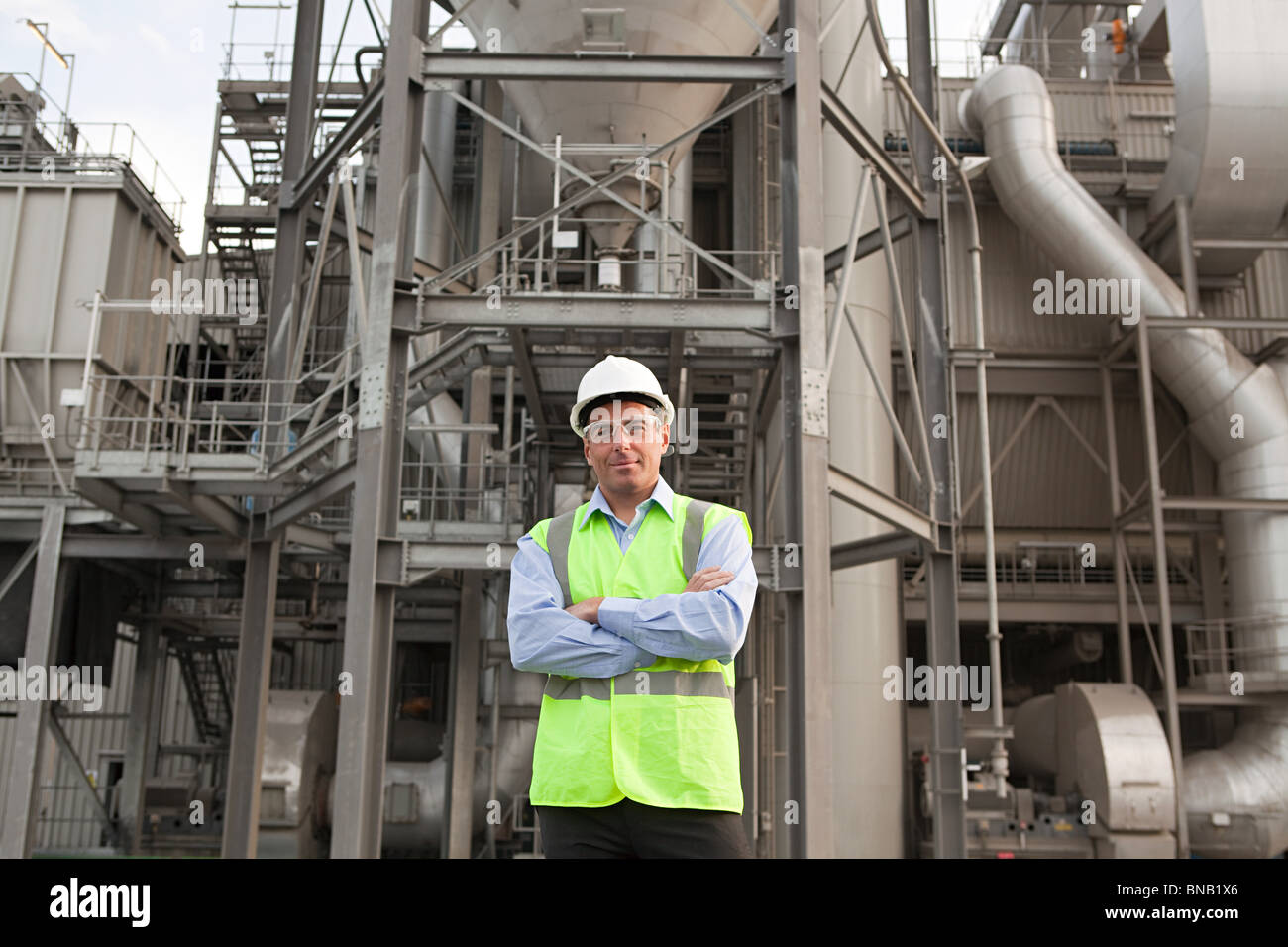 Engineer outside factory - Stock Image