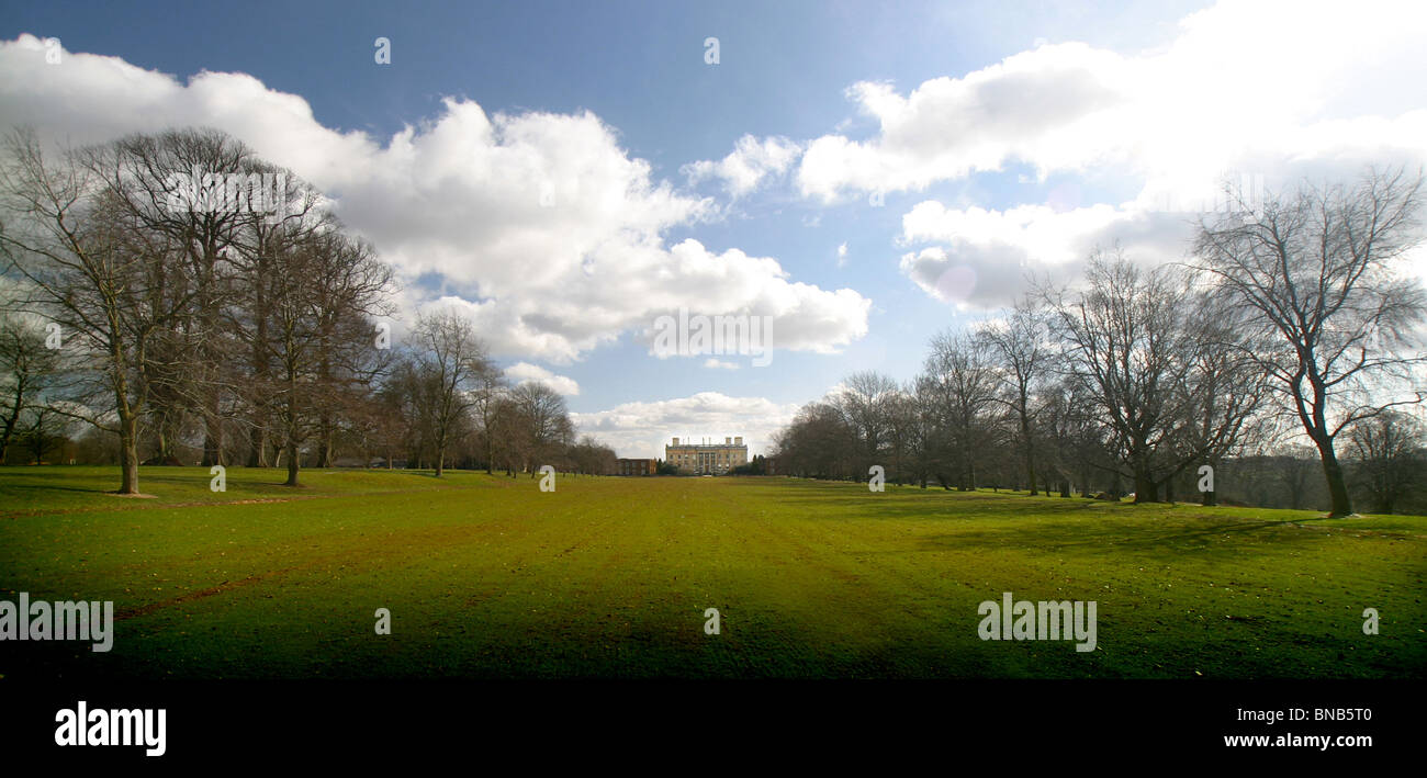 Heythrop Park Golf Resort, Chipping Norton, Oxford. Hole 18 from the tee. - Stock Image