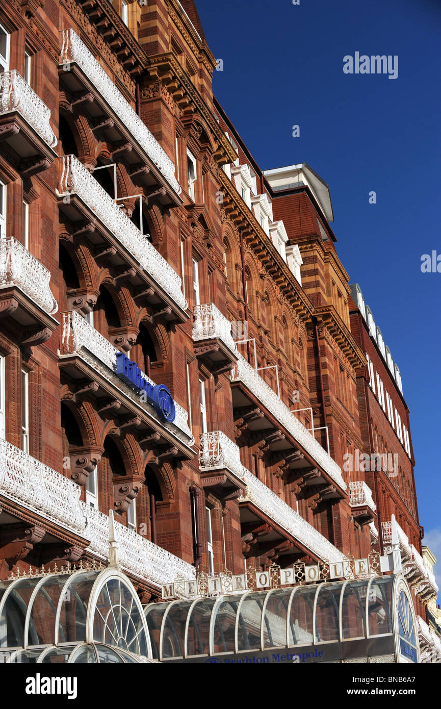 The front of the Hilton Metropole Hotel on Brighton seafront - Stock Image