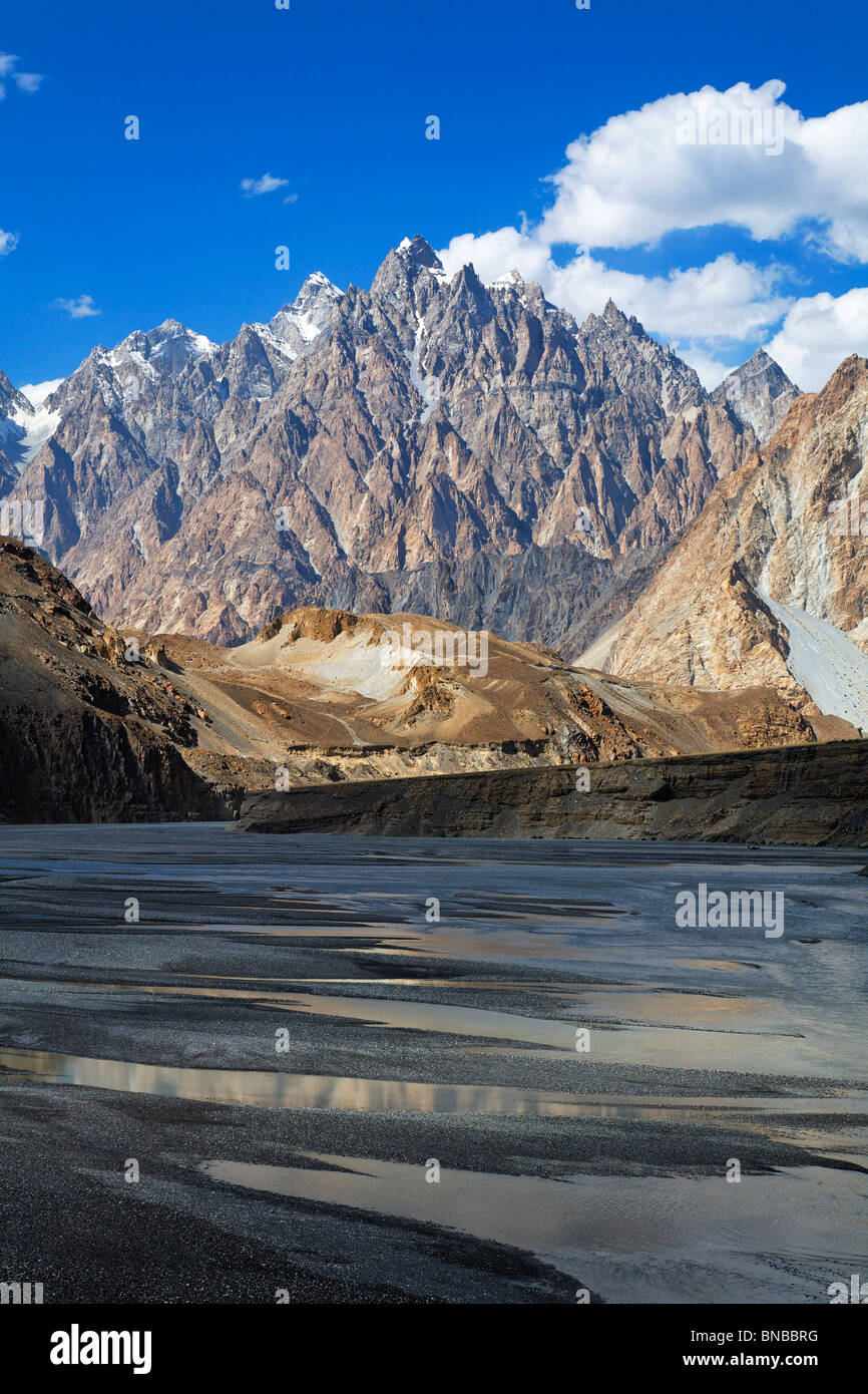 Cathedral spires mountain peaks, Passu, Hunza Valley, Karakorum, Pakistan - Stock Image