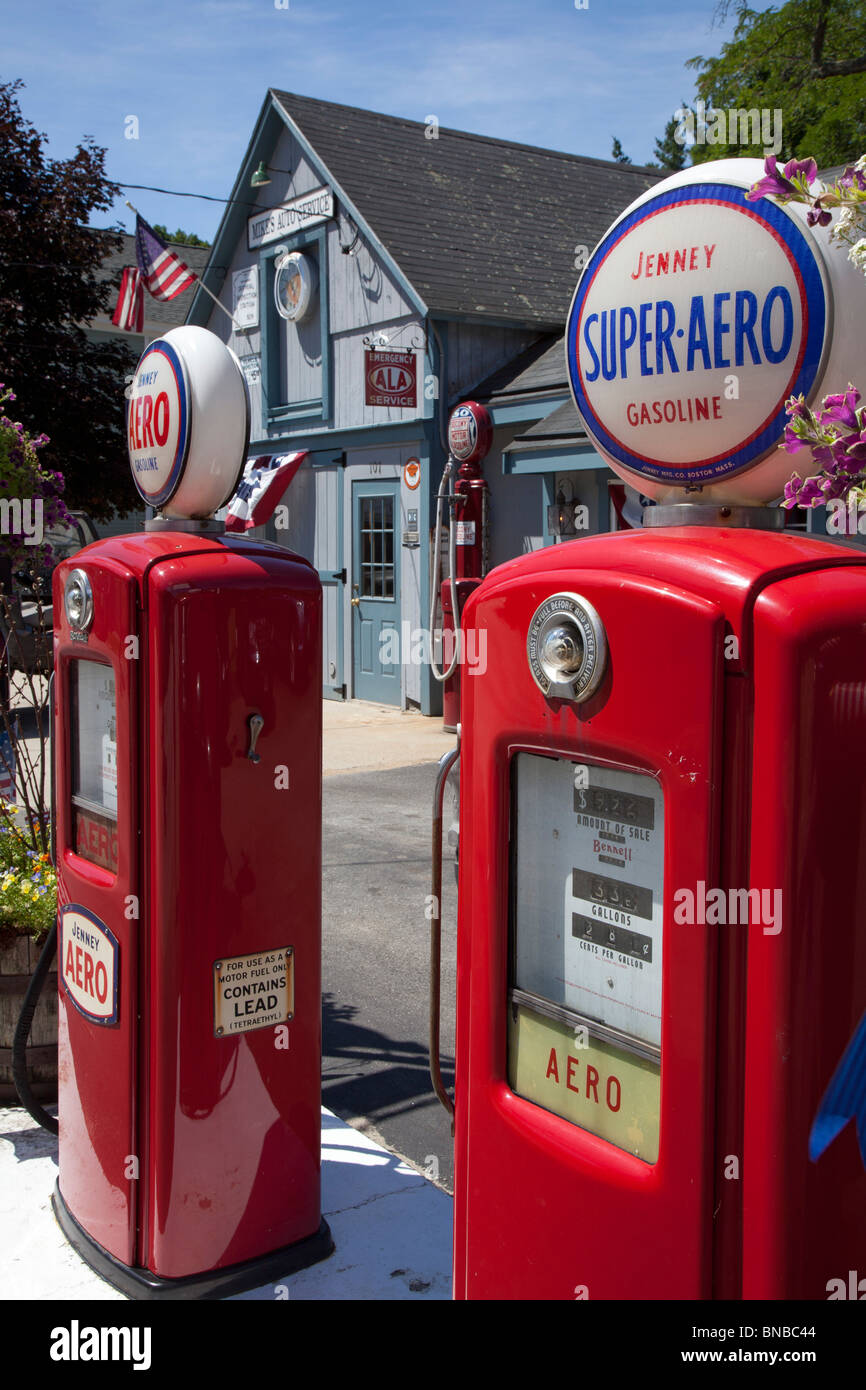 Amherst, New Hampshire - Antique Aero gasoline pumps. - Stock Image