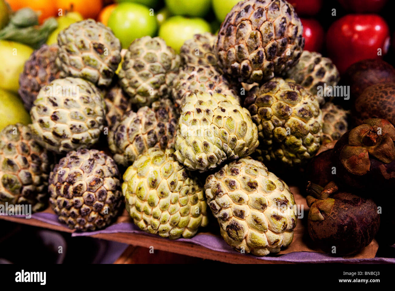 Colombian fruit and vegetable market - Stock Image