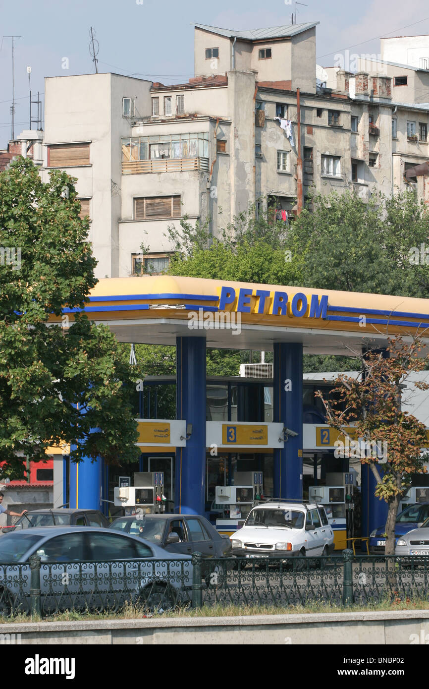 Petrom gas station in Bucharest, Romania, July/ August 2006 - Stock Image