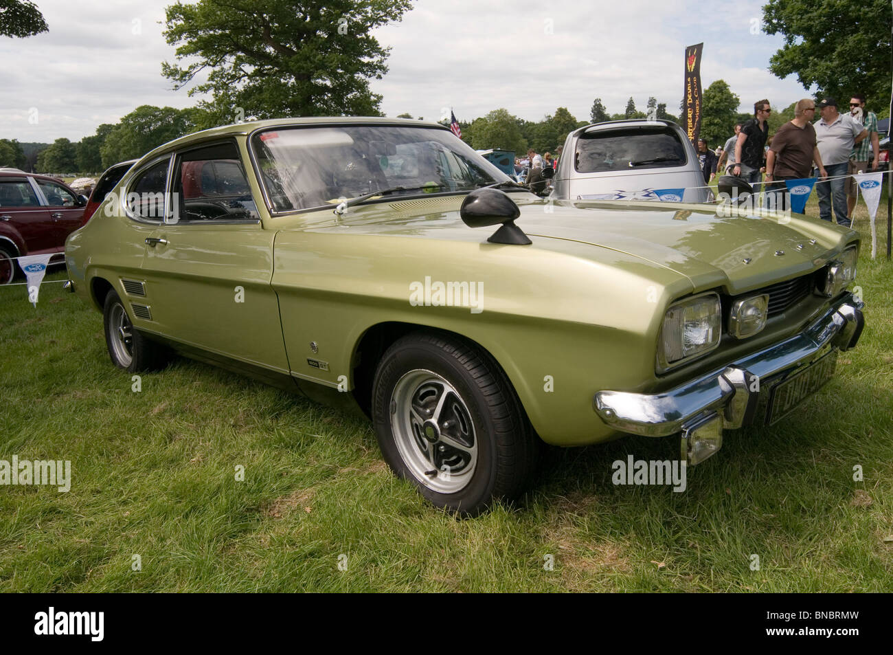 Highly Polished Classic Car Stock Photos Highly Polished Classic - Restore a muscle car car show