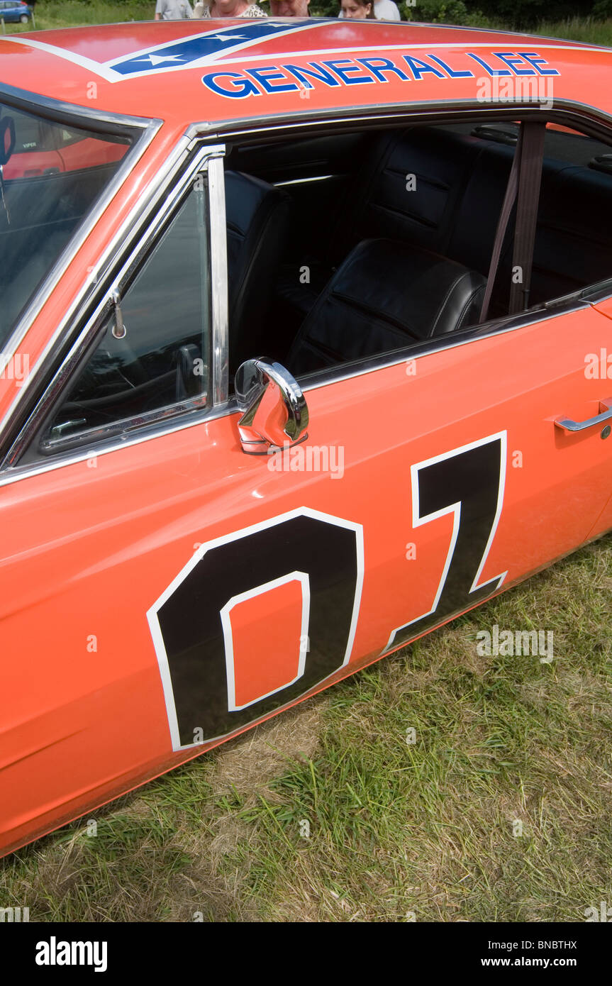 General Lee Dodge Stock Photos Images Alamy 1968 Charger 1969 Mopar Replica Muscle Car Tv Show Orange Dukes Of Hazzard Classic