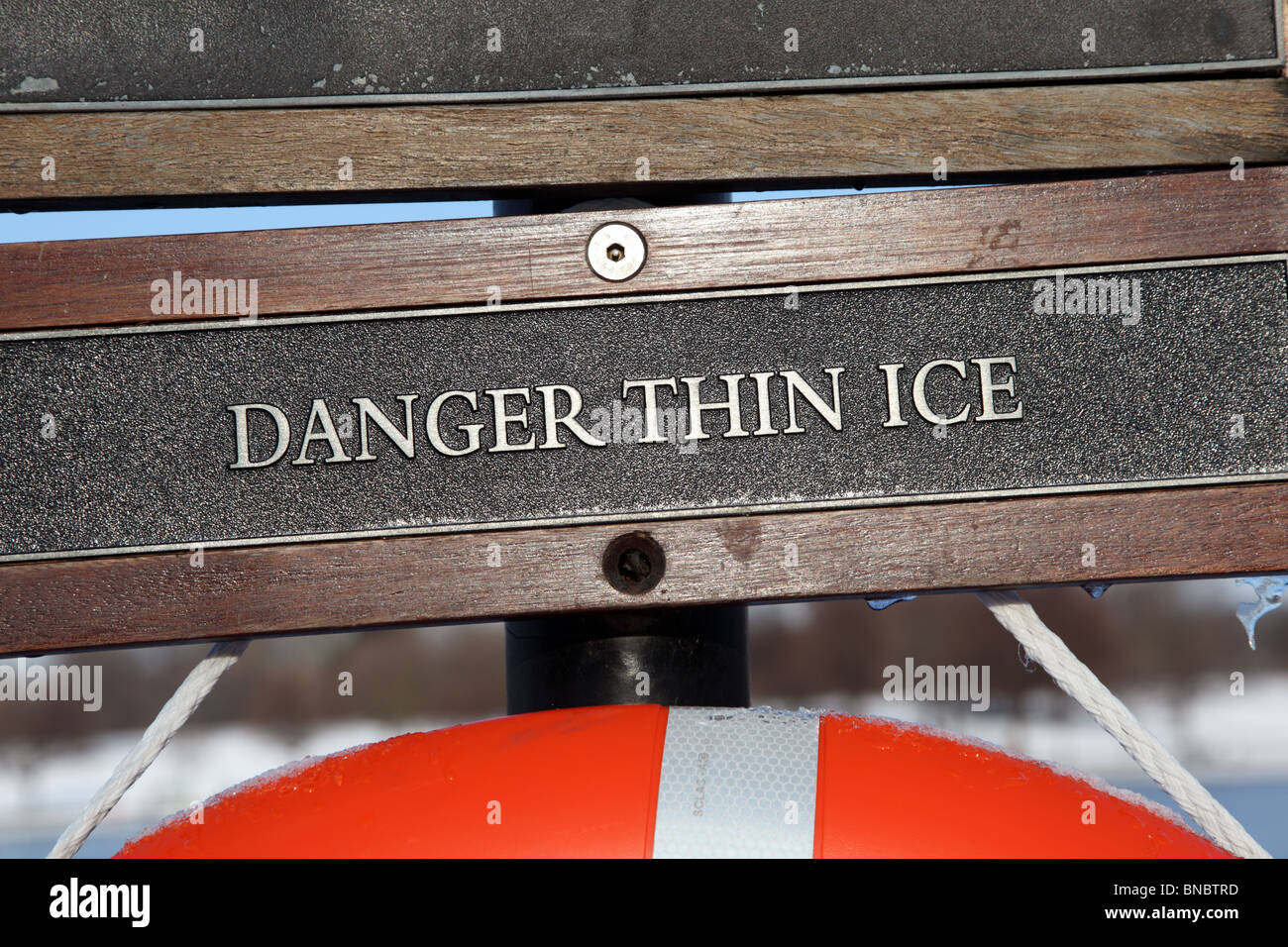 Danger Thin Ice sign in Hyde Park, Westminster, London, W2. - Stock Image