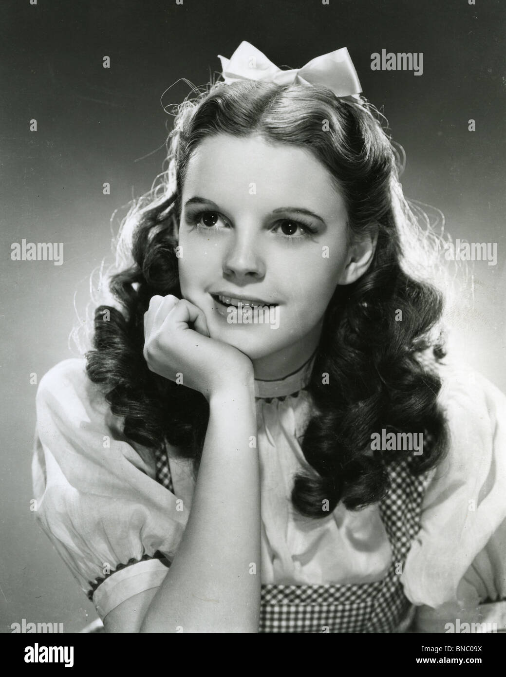 The Wizard Of Oz I939 Mgm Film With Judy Garland As Dorothy Stock Photo Alamy