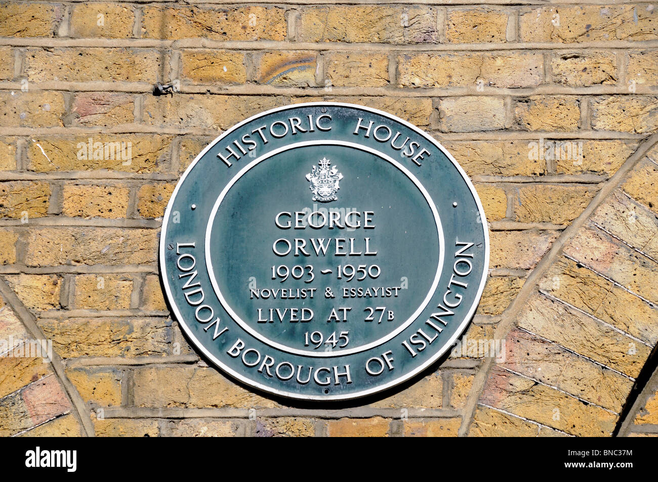 Historic House plaque to George Orwell, Canonbury Square, London Borough of Islington, England UK - Stock Image