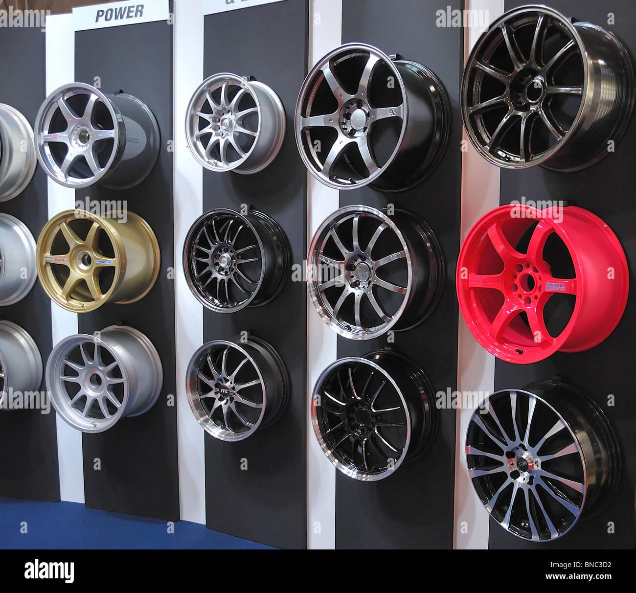 12 Wheels Stock Photos & 12 Wheels Stock Images - Alamy