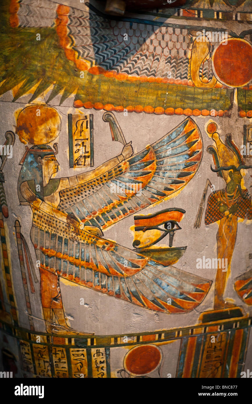 Egyptian Mummy Decorations. Painted cartonnage case containing the mummy of  Tjentmutengebtiu early 22nd Dynasty - Stock Image
