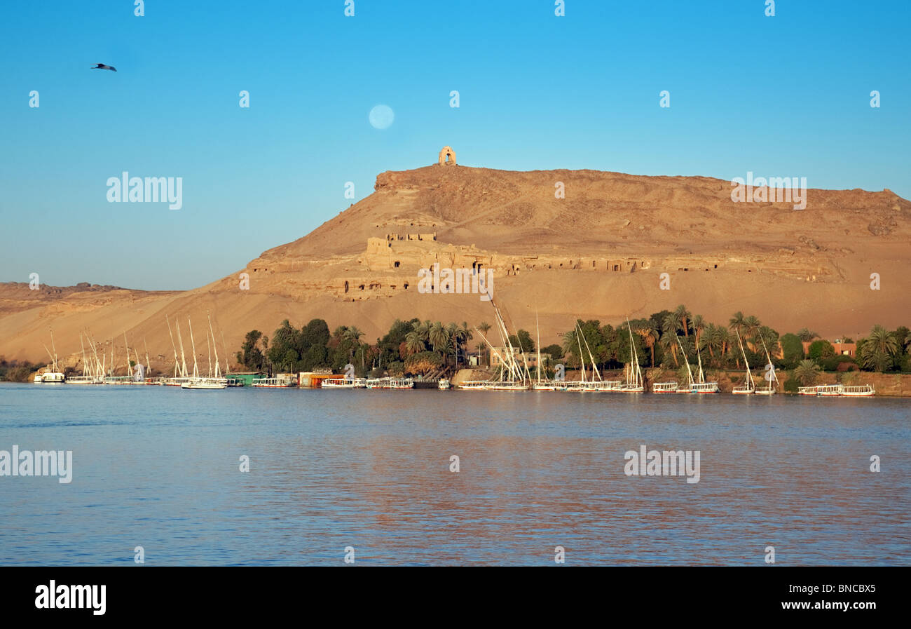 Moonrise over the river Nile at Aswan, Upper Egypt - Stock Image