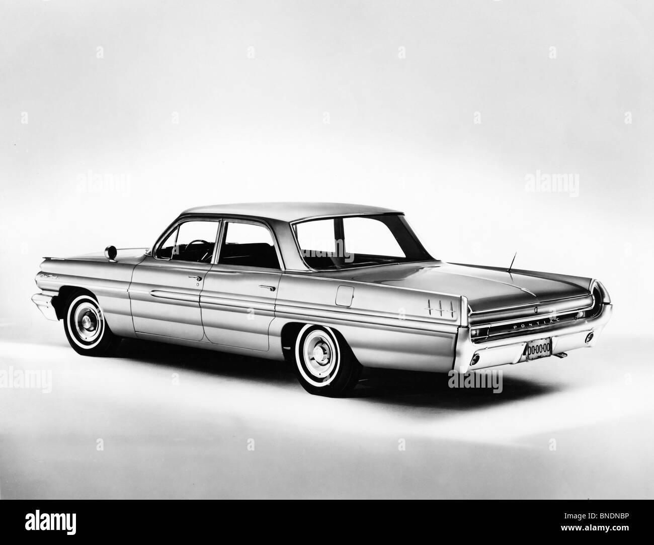 Pontiac Black And White Stock Photos Images Alamy 1960 Star Chief Close Up Of A Sedan 1962 Image