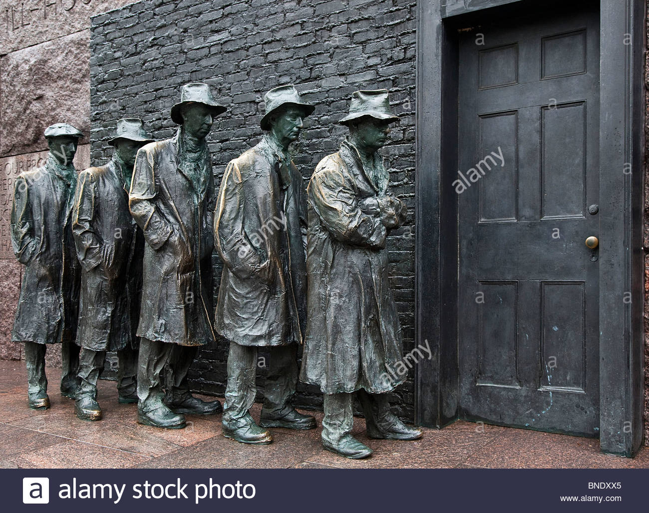 Statue of Great Depression bread line, Franklin Delano Roosevelt Memorial, Washington DC, USA - Stock Image