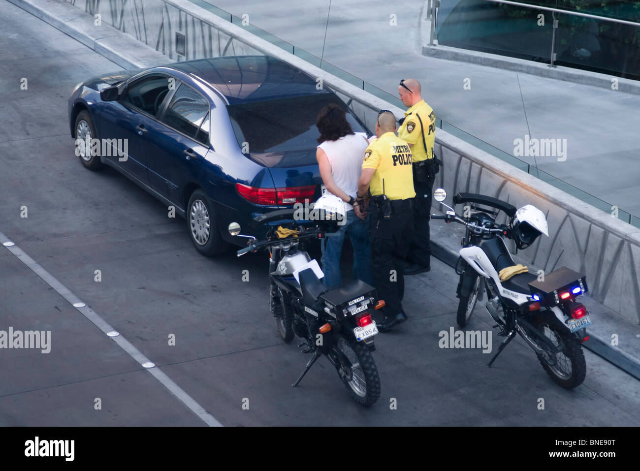 Las Vegas police make a stop and search vehicle street arrest - Stock Image