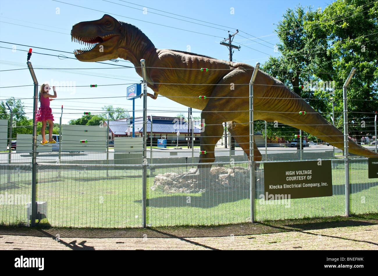 Dinosaur Sculpture Stock Photos Amp Dinosaur Sculpture Stock