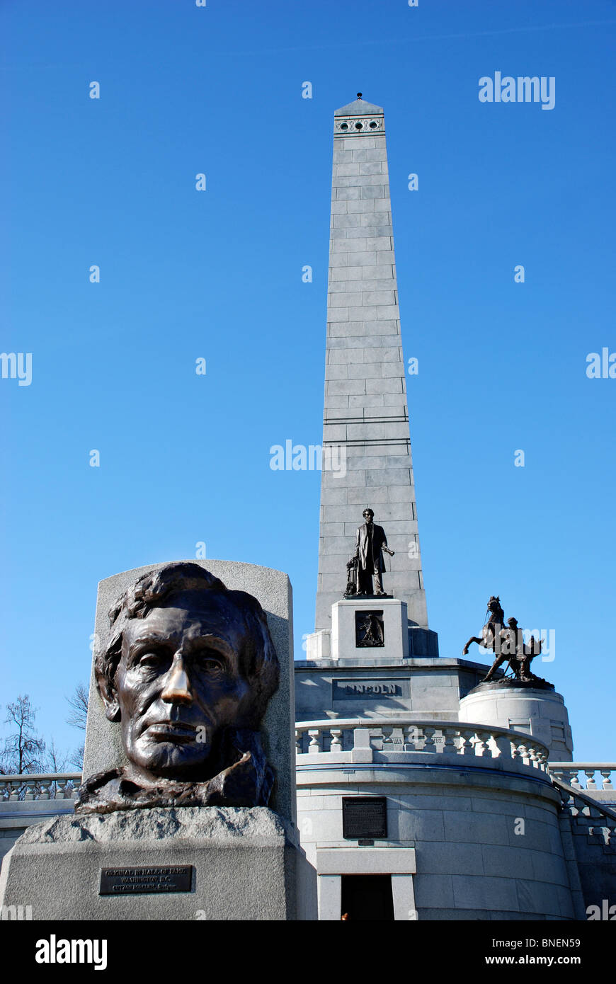 Lincoln's Tomb in Oak Ridge Cemetery, Springfield, Illinois, is the final resting place of the 16th President - Stock Image