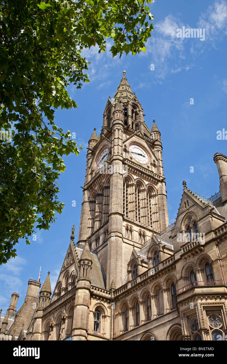 Low angle view of Manchester Town Hall, Manchester, England - Stock Image