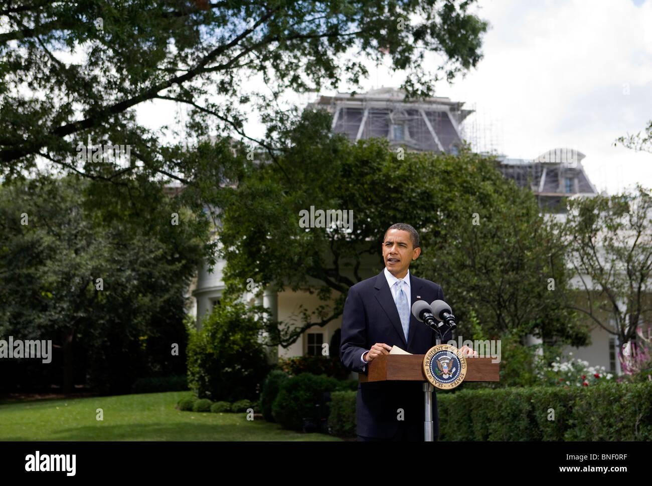 President Barack Obama Speaks on the South Lawn of the White House - Stock Image
