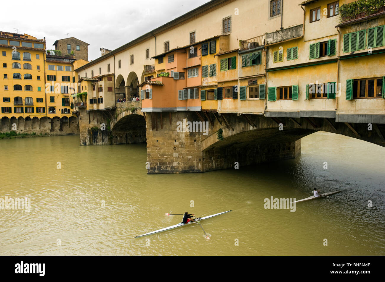 The Ponte Vecchio, Medieval bridge over the Arno River, in Florence, Italy. - Stock Image