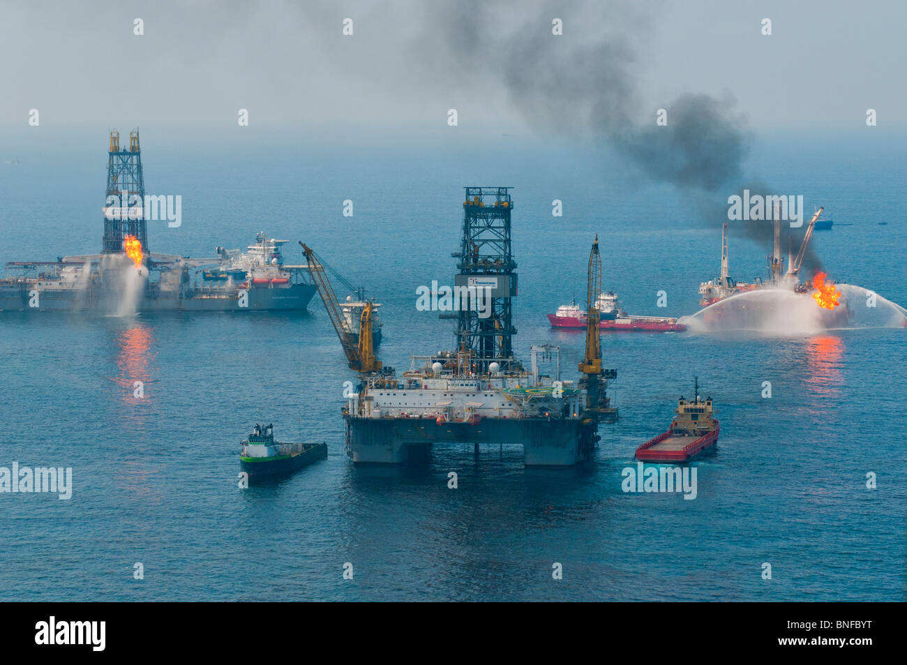 Development Driller III, Discoverer Enterprise, and Helix Q4000 at the MC252 (Mississippi Canyon Block 252) site, - Stock Image