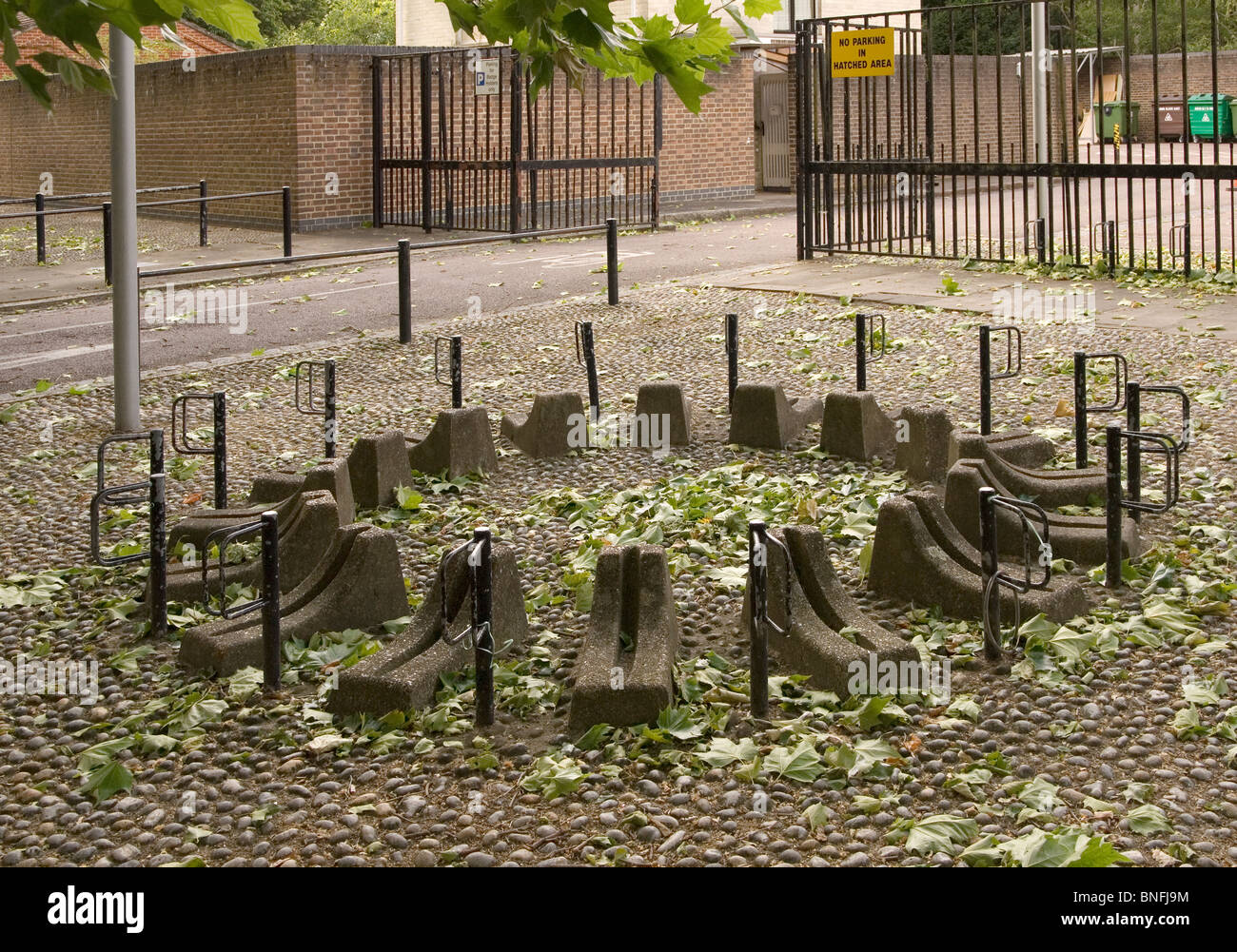 A ring of insecure bicycle stands at Cambridge University - Stock Image