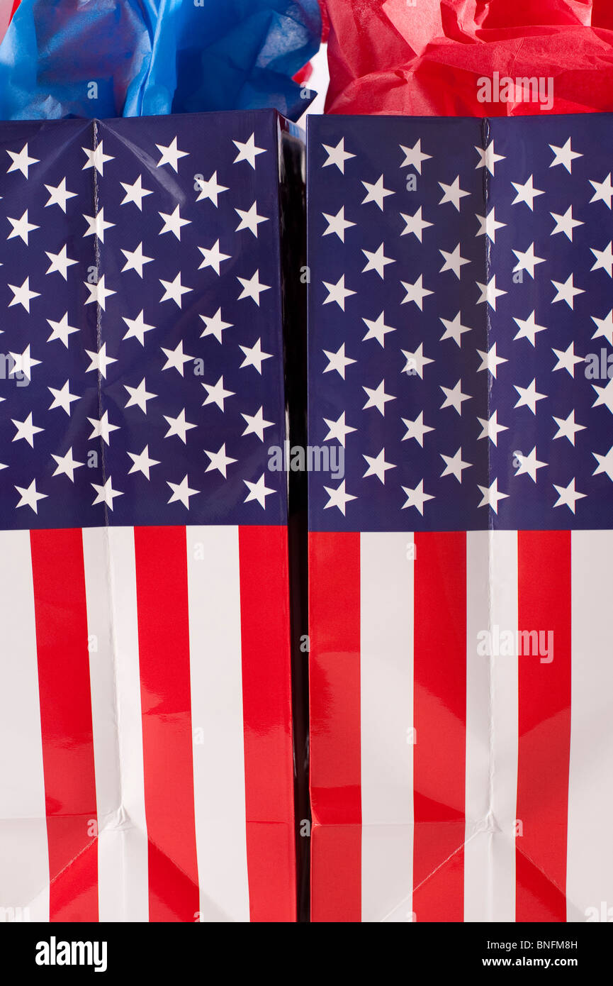 Shopping American Flag gift bags - Stock Image