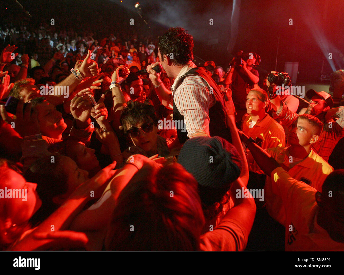 STONE TEMPLE PILOTS - US rock group with vocalist Scott Welland in June 2010 - Stock Image