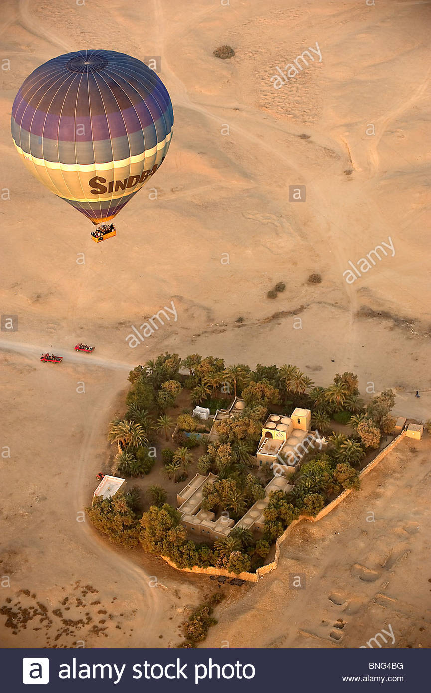 Balloon flight over the Valley of the artisans and the Valley of the Kings. Luxor,Egypt - Stock Image