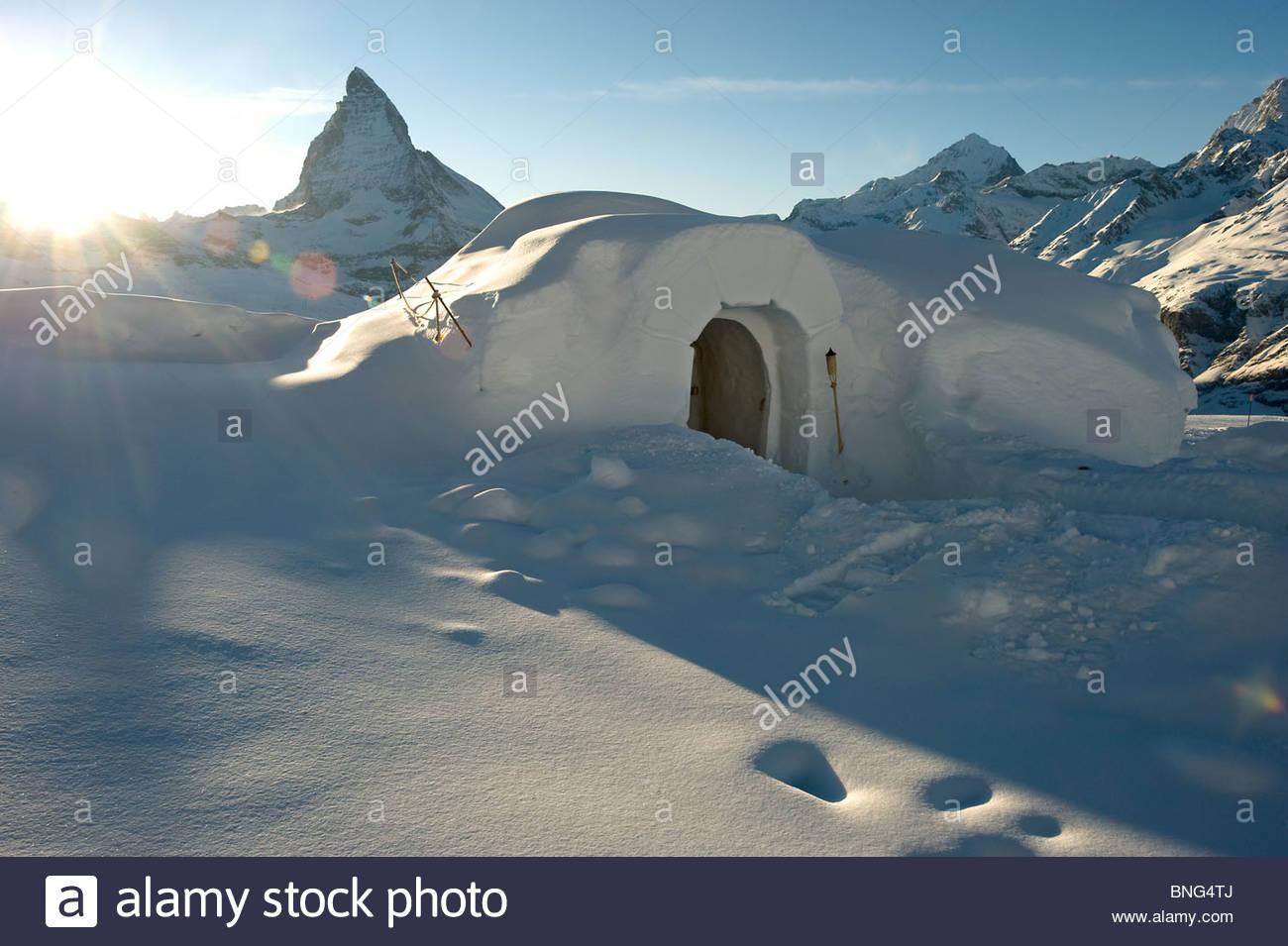The Iglu Dorf is a hotel,restaurant and bar in igloos on the Gornergrat slopes. Zermatt,Valais canton,SWITZERLAND - Stock Image