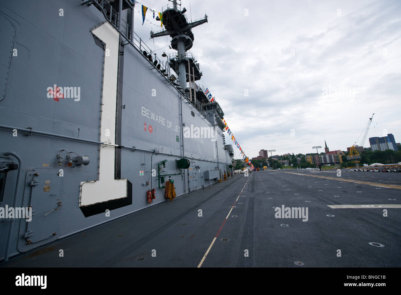 The island and flight deck of the US Navy's amphibious assault ship USS WASP during the 2010 Fleet Review in Halifax, Stock Photo