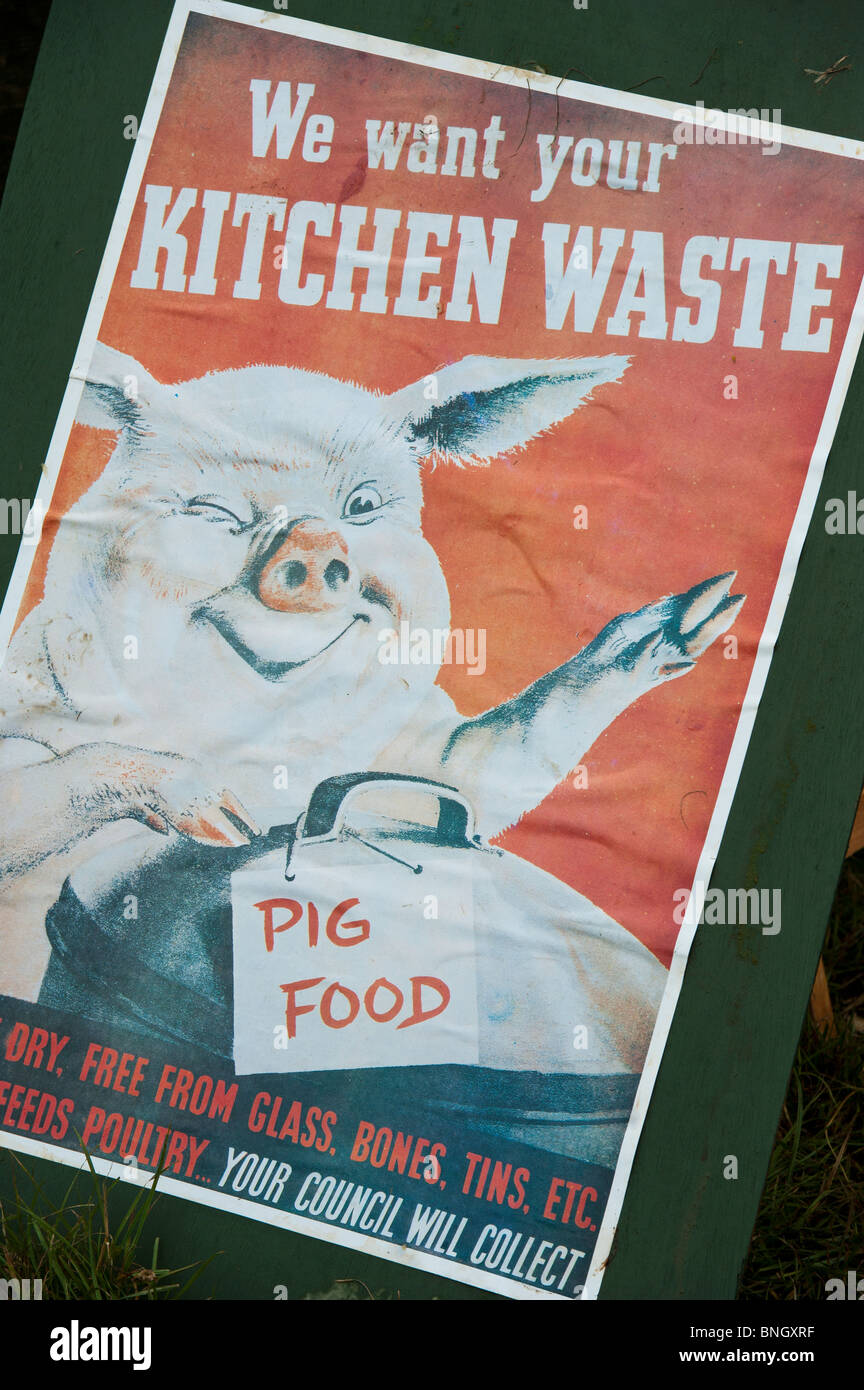 WW2 council poster \'we want your kitchen waste\' to feed the pigs ...
