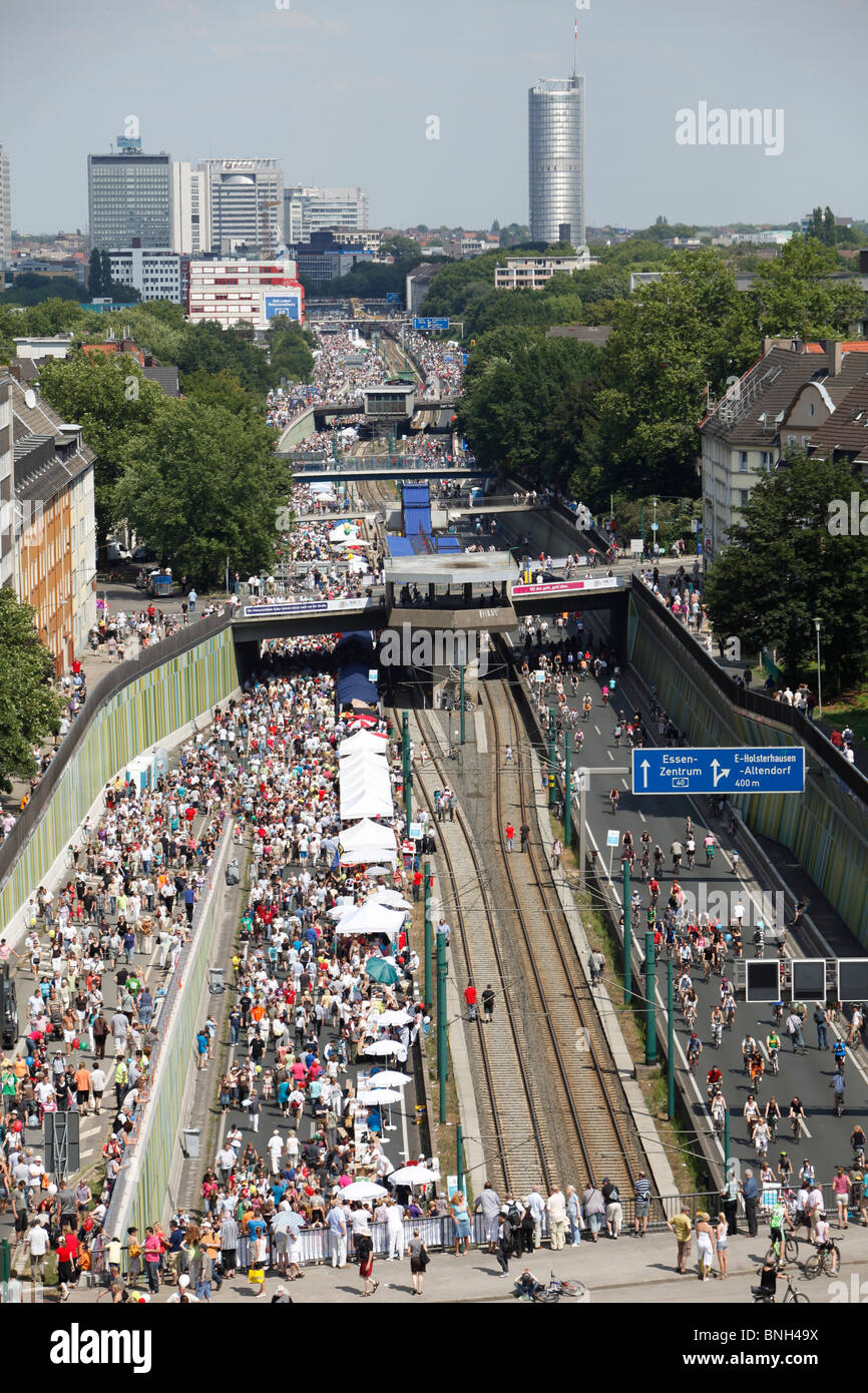 Still-Leben, Closure of motorway A40, for a 60 KM long cultural festival with more then 3 million spectators. Ruhr - Stock Image