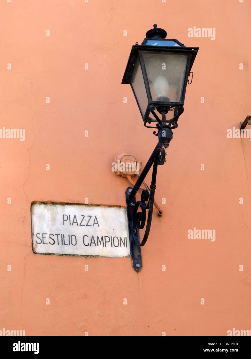 Street bracket lamp Montecatini Alto Italy-1 - Stock Image