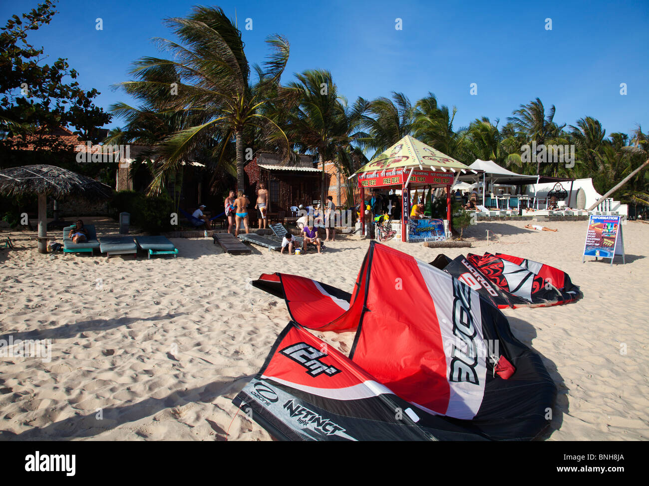 Kitesurfers at kitesurfing school - Stock Image