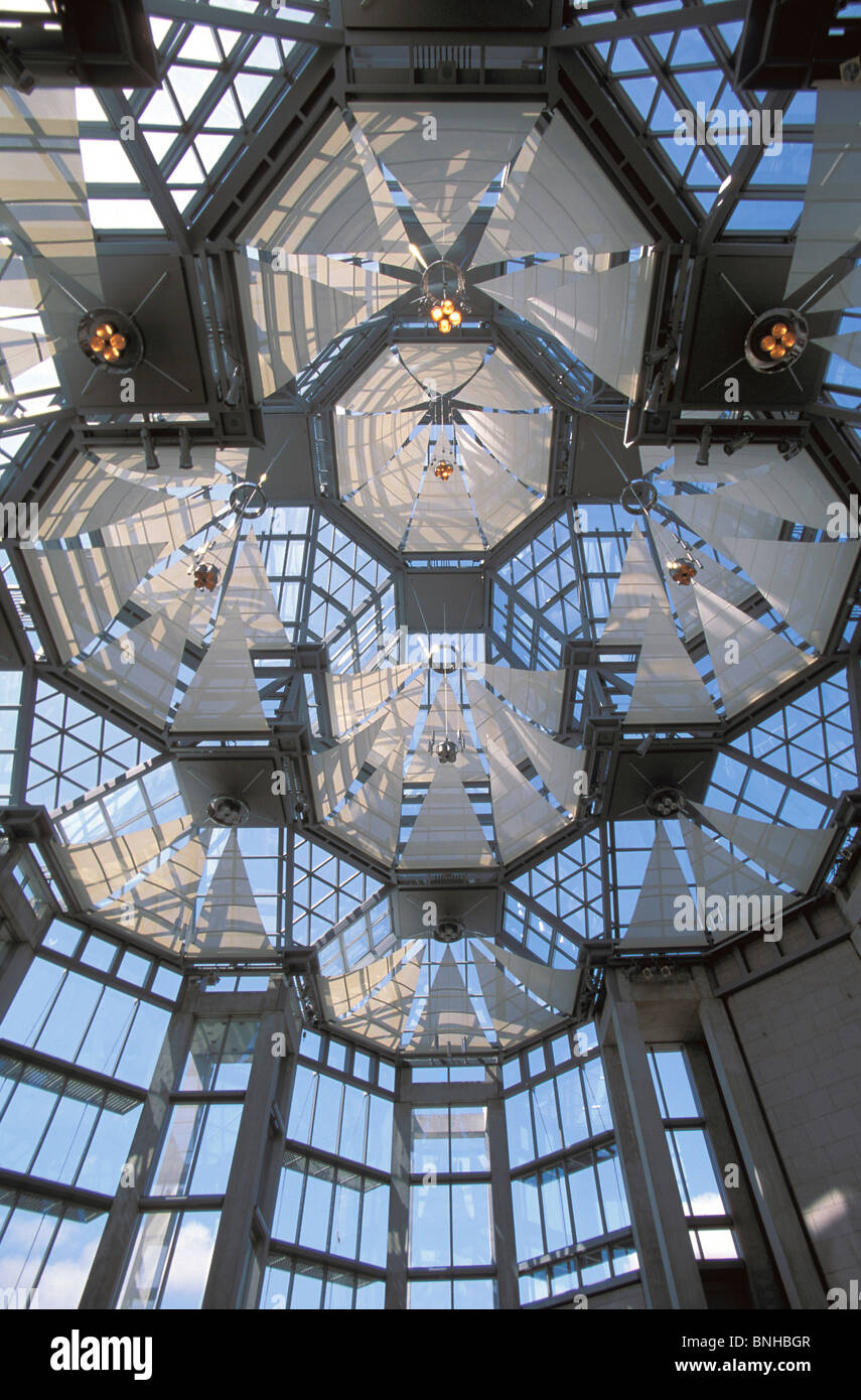 Canada Ottawa City Ontario Great Hall National Gallery Of Canada Modern Architecture Glass Construction Ceiling - Stock Image