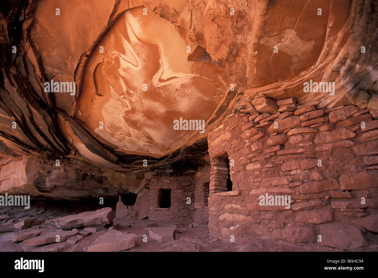 Usa Blanding Utah Anasazi Ruins Road Canyon Colorado Plateau Houses Rocks Rock Native Americans First Nation Indians - Stock Image