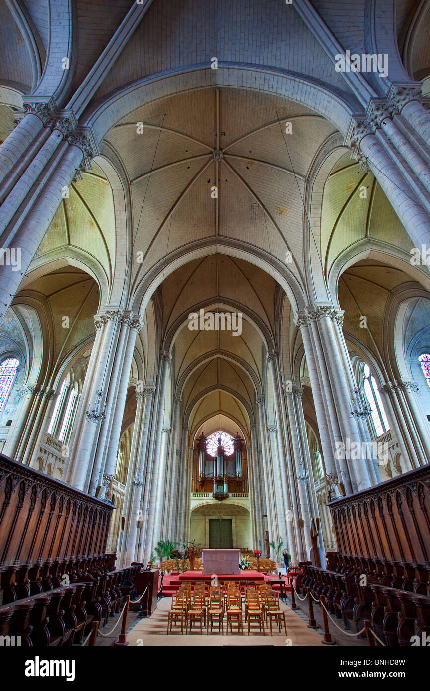 Europe, France, Vienne (86), Poitiers, Saint-Pierre Cathedral - Stock Image