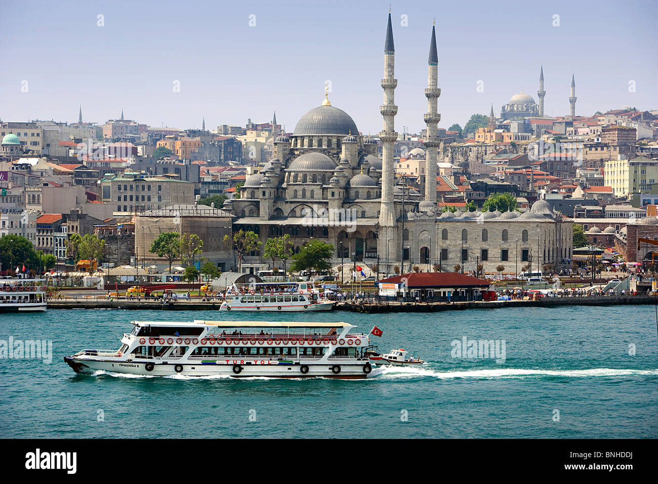 Turkey June 2008 Istanbul city Yeni Mosque ship sea - Stock Image