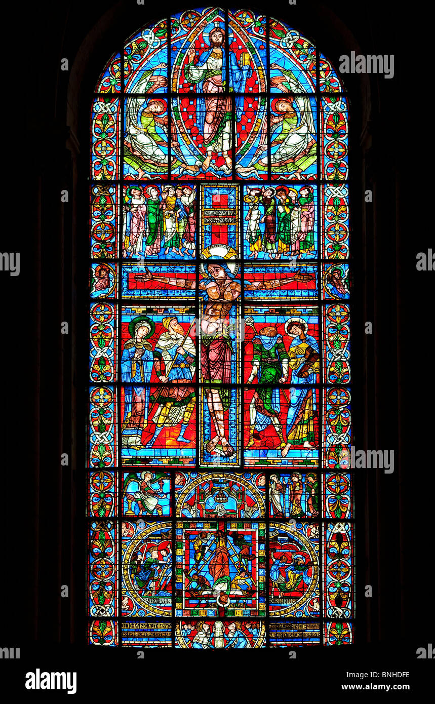 Europe, France, Vienne (86), Poitiers, Saint-Pierre Cathedral, Stained Glass of the Crucifixion - Stock Image