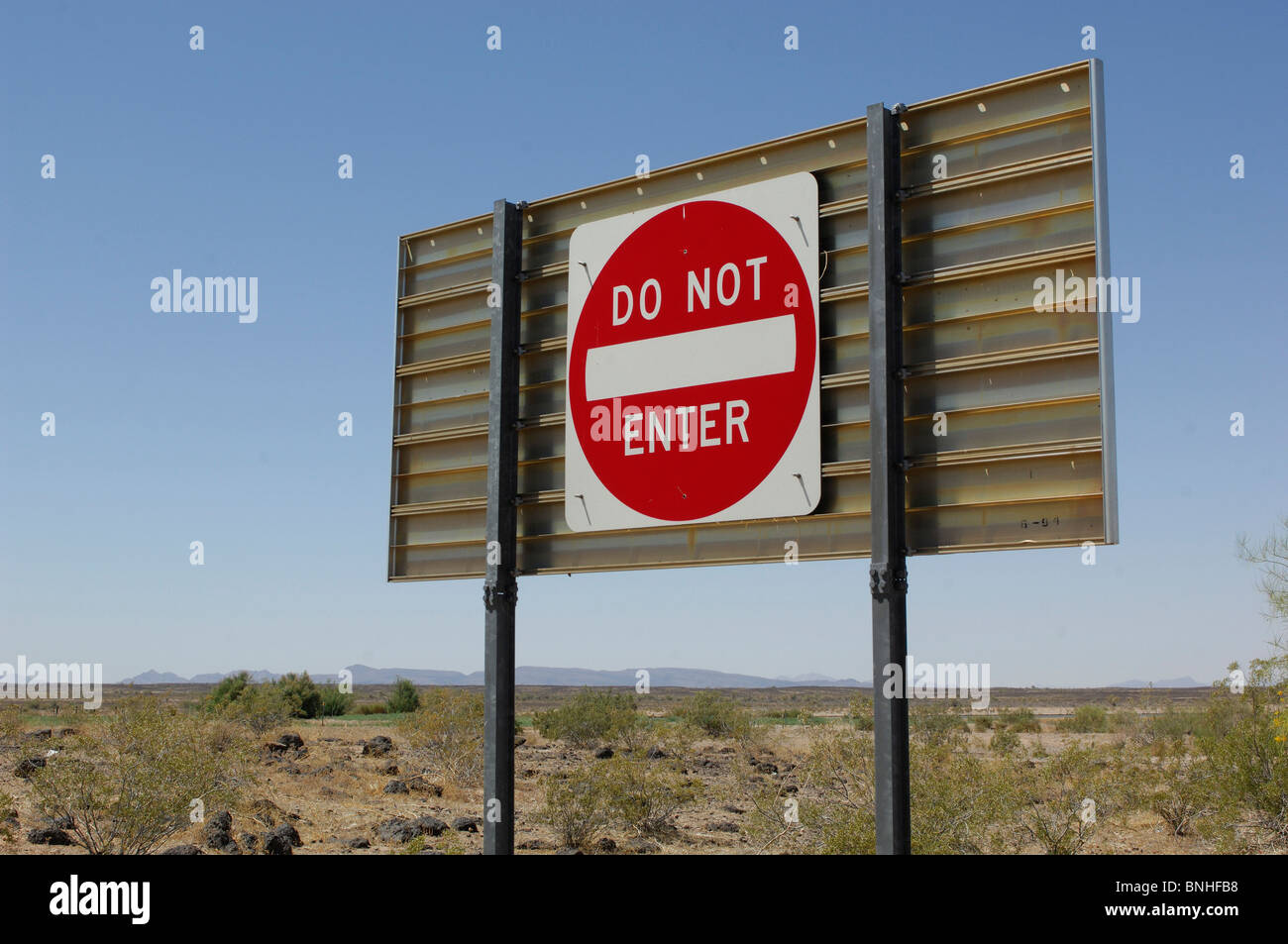 Usa Yuma Arizona Do Not Enter Sign Highway Near Yuma One Way Traffic Warning Prohibitory Prohibit Road Desert - Stock Image