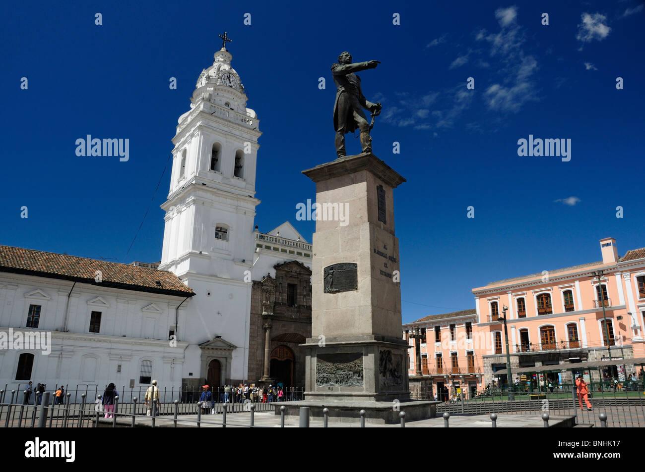 Ecuador Plaza Santo Domingo Statue of Al Mariscal Sucre Old town Quito city square people church - Stock Image