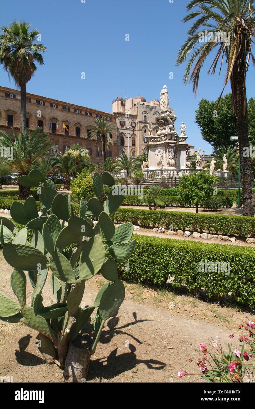 Italy Sicily Palermo city Palazzo dei Normanni palace garden park palm trees cacti Stock Photo