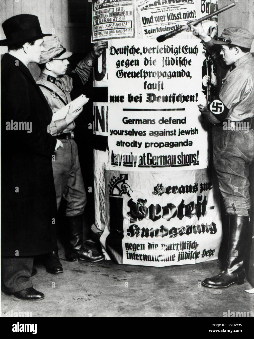 Weimar Republic German empire Members of the SA Germans against Jews hate Jewish propaganda buy only at German shops - Stock Image