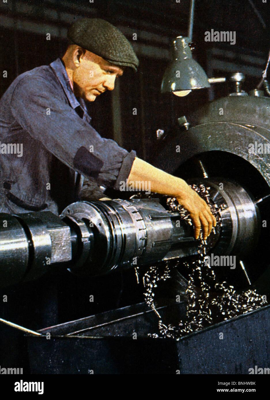 World War II Metal worker between 1939-1940 Second World War WW2 war military army history historic historical working - Stock Image