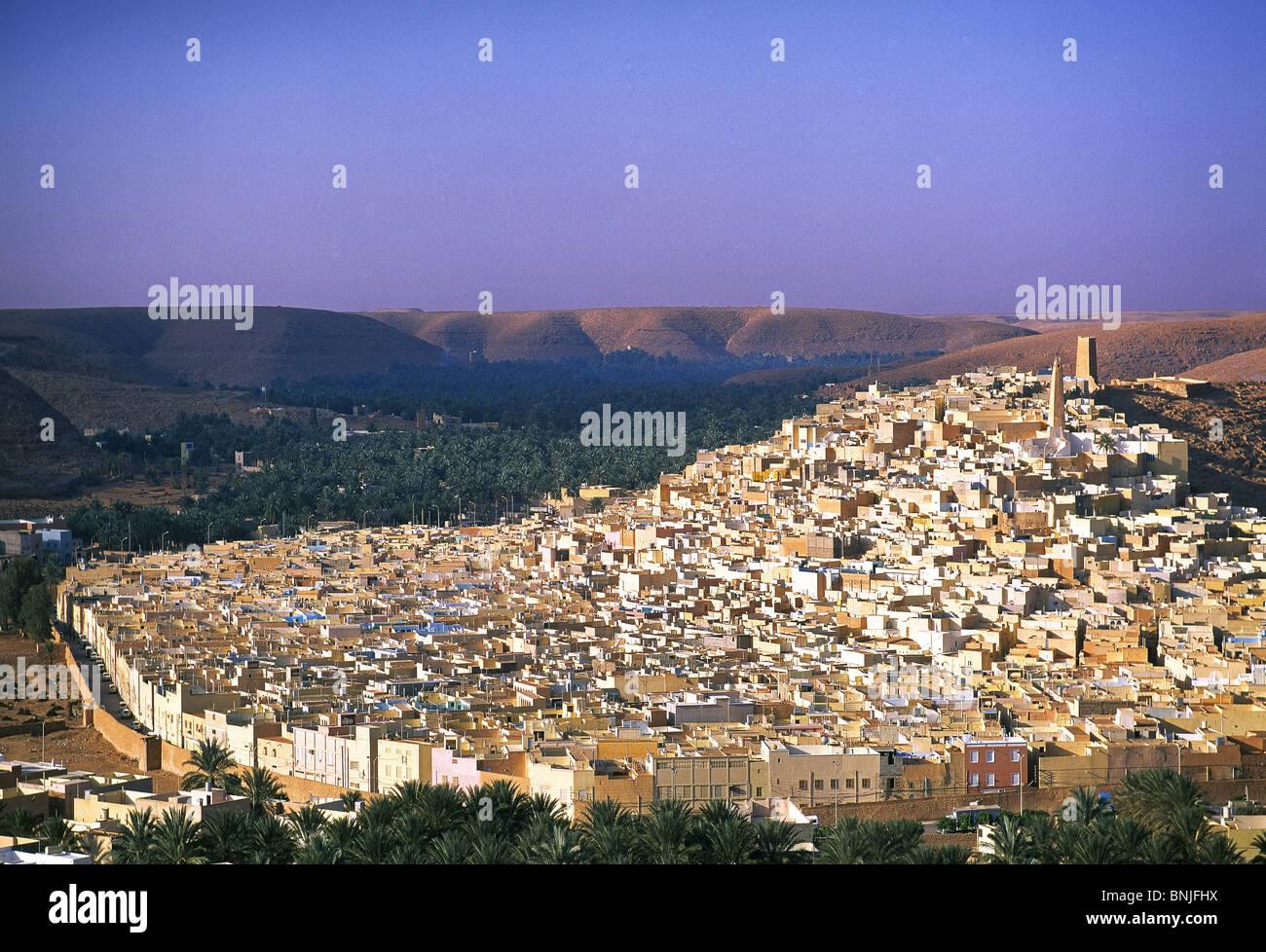 Algeria March 2007 Sahara Grand Erg Occidental Ghardaia city desert city overlook - Stock Image