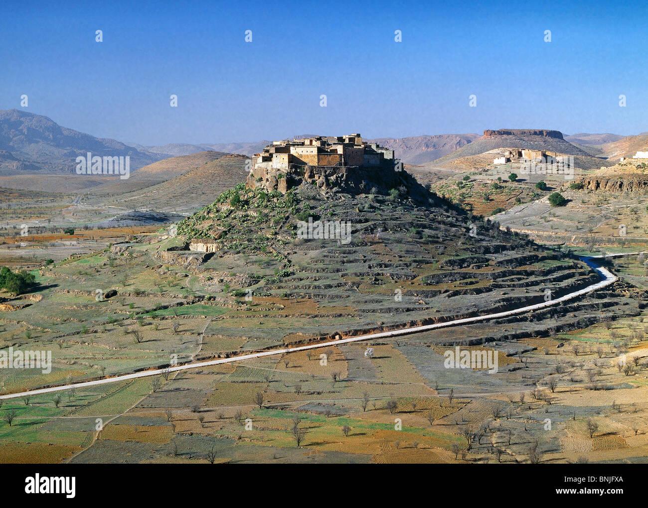 Morocco February 2007 Berber village near Trafoute city hills hill landscape - Stock Image